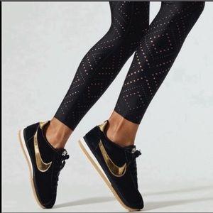 6.5- Nike Classic Cortez SE Black /Gold